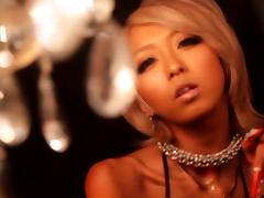 tanned japanese porn star gets eaten out