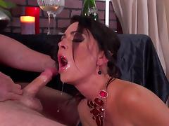 Perfect blowjob by busty Jessica Jaymes