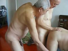2 grandpas fuck grandpa