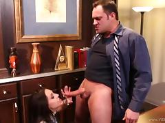 Gracie Glam gets her cunt ravaged with cock after BJ in office