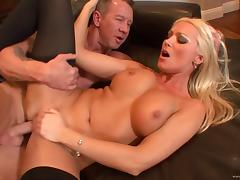 Diana Doll receives a hot creampie after awesome fuck scene