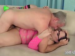 Horny milf Lyla Everwett takes a fat cock in