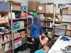 officer fucked her mouth brutally