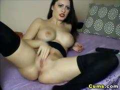 Hot Babe Fuck Her Favorite Dildo