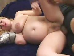 curvy blonde preggo