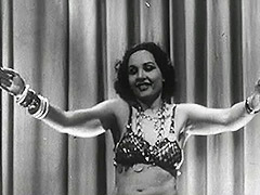 Hot Tamale Carlotta Lights up the Stage 1940
