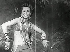Exotic Babe Dances and Smiles 1940