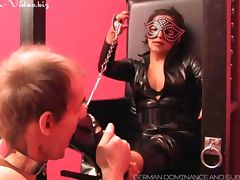 footlover kisses feet of Mistress Panterra and gets punished