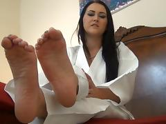 Sexy Karate feet jerkoff