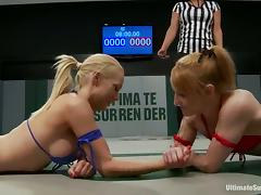 Jessie Cox and Samantha Sin fight and have lesbian sex