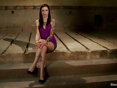 Tattooed Krysta Kaos Strapon Fucked by Bobbi Starr in Lesbian BDSM