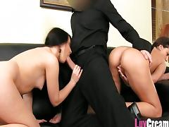 Teen gets an anal creampie at a casting