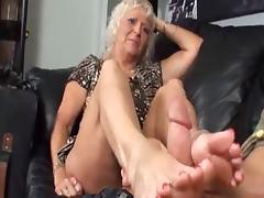 REAL: hot NOT mom learns FJ from NOT son
